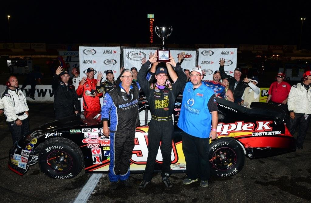 Enfinger rides 'rocket ship' to Elko win