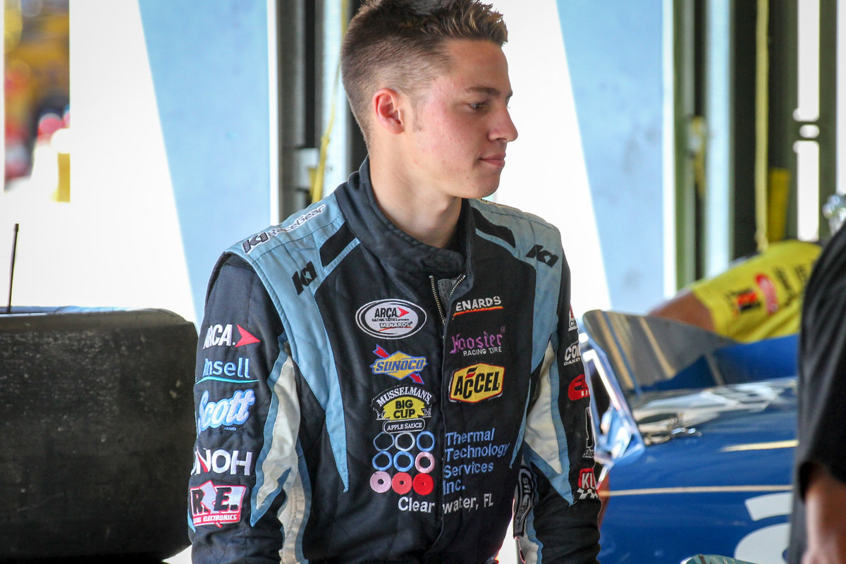 Mitchell moves closer to ARCA title