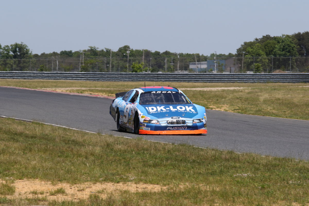 Praytor, DK-LOK Ford scores 15th despite transmission woes