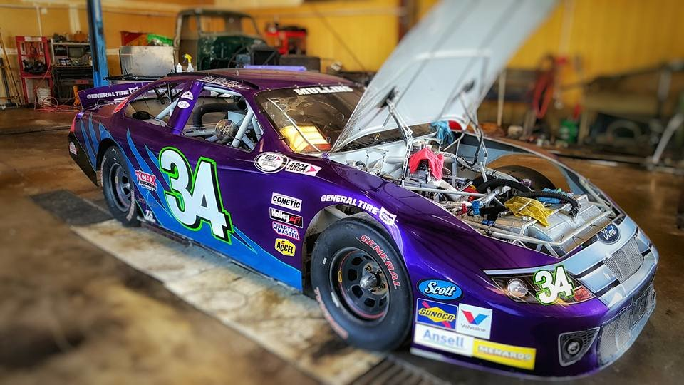 Mullins headed back to road course roots; 34 car race-ready for NJMP