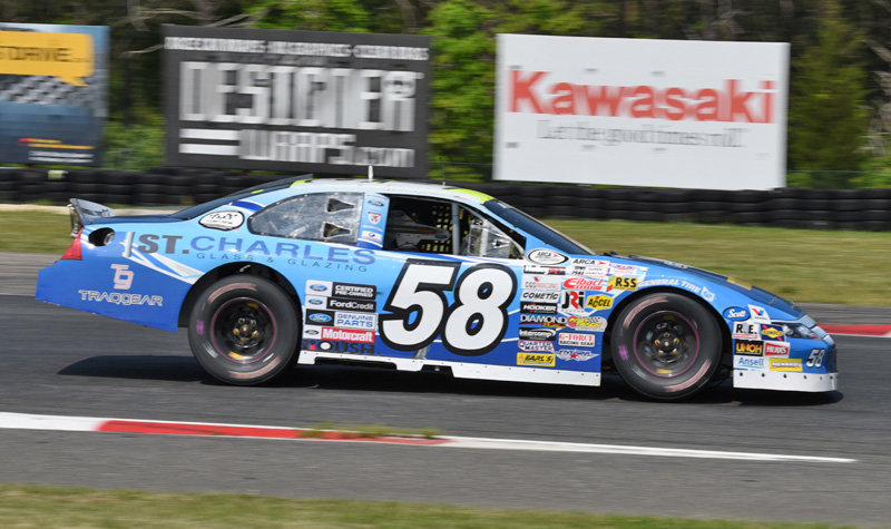 Weatherman comes from a lap down for T-10 at NJMP