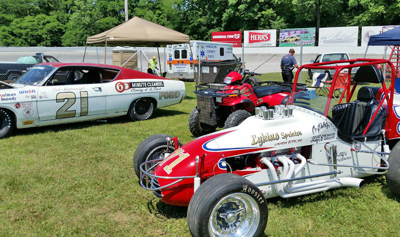 Winchester 3-day speed fest underway; Herr's Potato Chips 200 Sunday