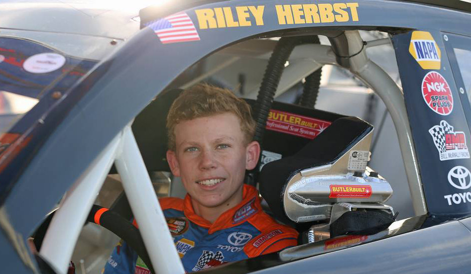 Add more teenagers...Joe Gibbs Racing's Riley Herbst enters Nashville
