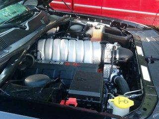 SRT8 engine2