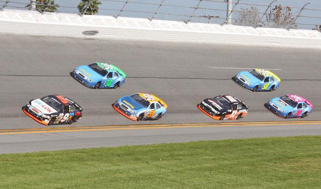 Lira Motorsports in a pack in Daytona testing 2016