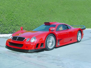 Red Mercedes Clk Gtr 01