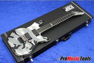 ESP M-II Neck-Thru UC - Urban Camo