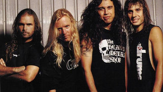 Horns Up Rocks Slayer Old School Group Shot