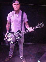 Chad Gilbert- New Found Glory