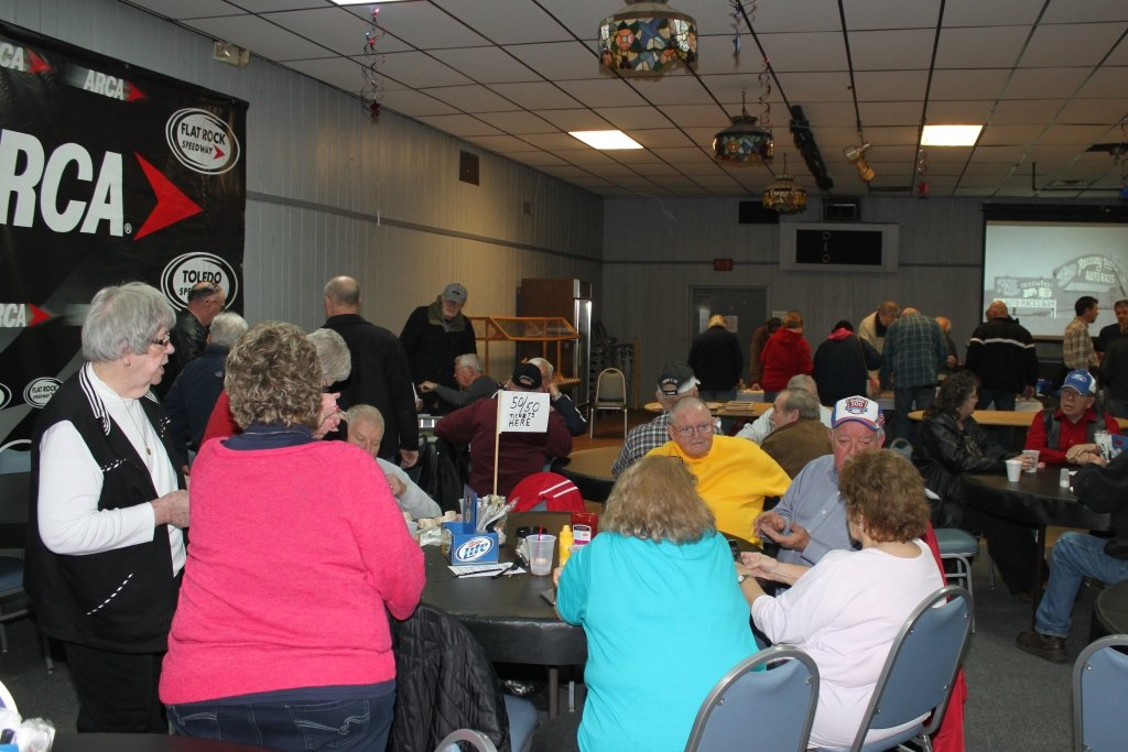 OVER 100 ATTEND RACER REUNION AT TOLEDO SPEEDWAY BAR & GRILL