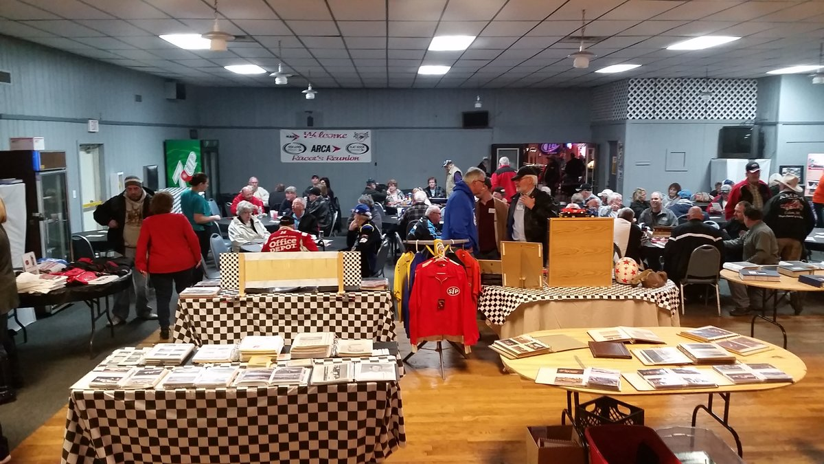 OVER 200 ATTEND RACER REUNION, OTHER ACTIVITIES AT TOLEDO SPEEDWAY BAR & GRILL SATURDAY, APRIL 2