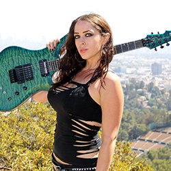 Nikki Stringfield (The Iron Maidens)