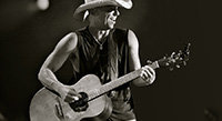 Takamine Signature Story: Kenny Chesney