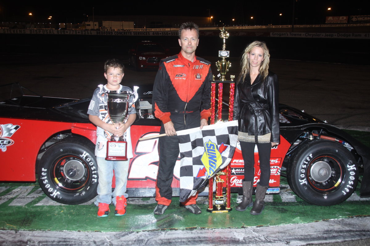JR ROAHRIG WINS RAIN-MARRED GLASS CITY 200