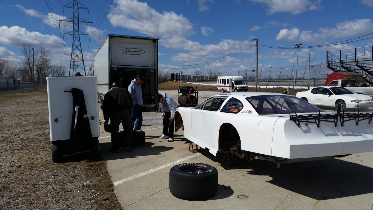CAMPBELL TAKES FIRST LAPS OF SEASON AT TOLEDO; FLAT ROCK CHAMP CRONENWETT, TOLEDO WINNER BAILEY,  FATHER-SON HAWES TEAM ENTER FOR APRIL 11 OPENER