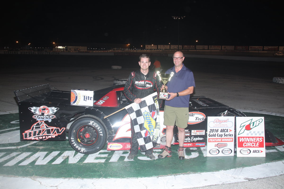 TYLER ROAHRIG GRABS MILLER LITE 100; NEEDLES GOLD CUP CHAMP;